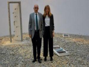 'Evi Yeniden Kurmak Sergisi' sanatseverlerle buluştu