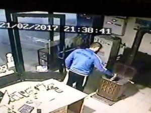 Sakarya'da benzinle sobayı yakmaya çalışırken kendini yaktı