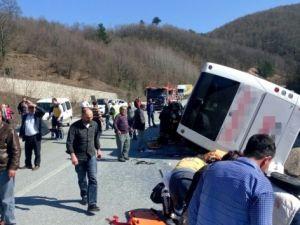 Bursa'da yolcu otobüsü kaza yaptı: 7 ölü, en az 30 yaralı