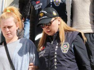 İstanbul'da sokakta yalnız gezen kadınları gasp eden sevgililer yakalandı