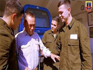 Jandarmadan üçüz askerlere 'Babalar Günü' sürprizi