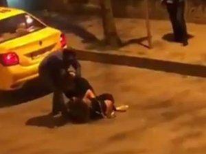 Beşiktaş'ta iki kadının saç başa kavgası kamerada