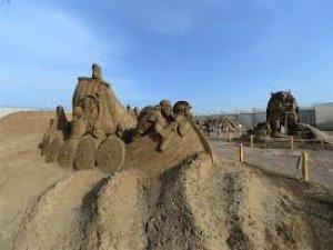 10 bin ton kumla 200 heykel