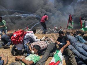 Barışçıl gösterilere yine İsrail terörü damga vurdu