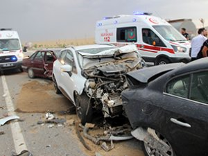 Konya'da kum fırtınasında zincirleme kaza