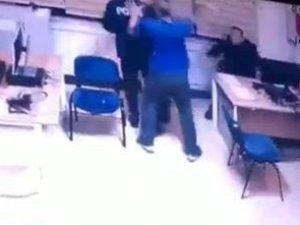 Konya'da teknisyen demir çubukla polisi yaraladı