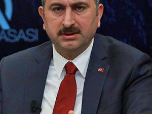 BAkan Gül'den gündeme ilişkin değerlendirmeler