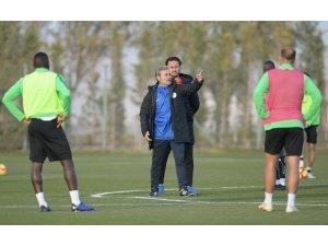 Aykut Kocaman, Konyaspor'la ilk antrenmanına çıktı