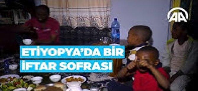 Etiyopya'da iftar sofralarının başköşesinde kahve var